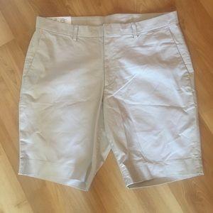 Stretch slim fit beige shorts L